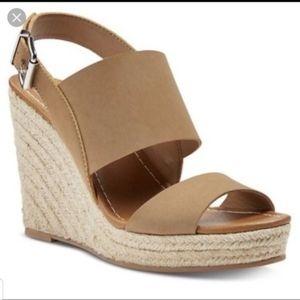 Dolce Vita by Target Ella Wedges Tan Sandals 6.5